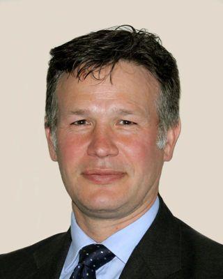 Mr Simon Hill